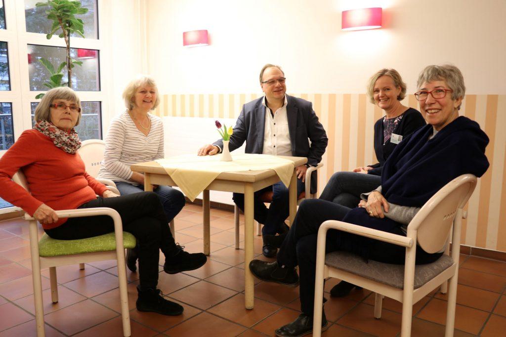 Helga Wehrmann, Dagmar Bedei, Remy Reuter, Elisabeth Siemer, Gabriele Ritter